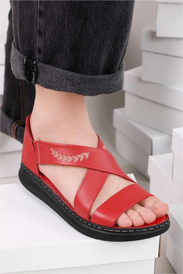 - Çapraz Bağlama Sandalet Kırmızı