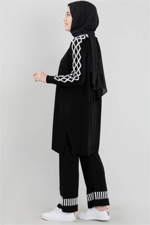 Çizgili Triko Takım Siyah