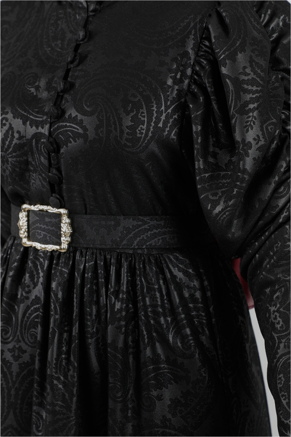 Motif Desenli Siyah Elbise