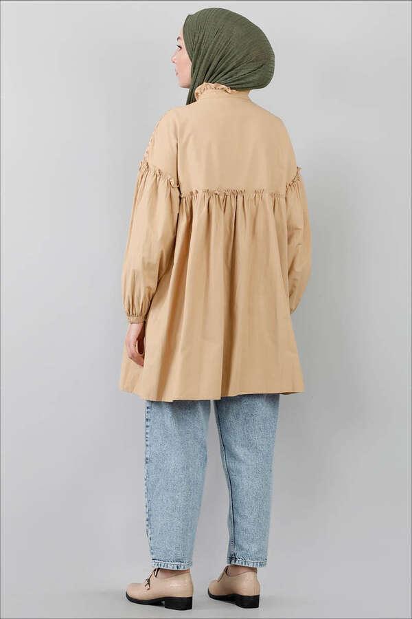 Ön Robası Dantelli Gömlek Camel