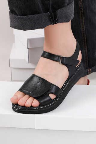 - Spor Sandalet Siyah